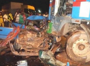San Pedro / Accident de la circulation : Huit morts, dont deux enfants