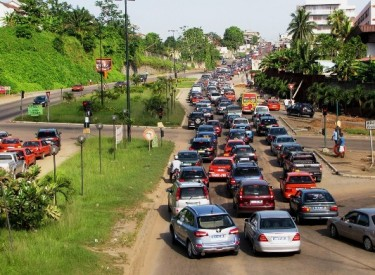 Enquête express / Abidjan dans les embouteillages : Taxis, ''woro woro'' et ''gbaka'' au banc des accusés