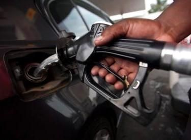 Baisse des coûts du gasoil et de l'essence super