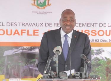 Lancement des travaux de réhabilitation de l'axe Daloa-Yamoussoukro : 15000 personnes se mobilisent pour dire merci à Ouattara