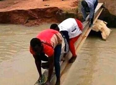 Pont de Tabroukro: un passage à risques pour les populations de Kong