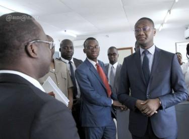 Guichet unique automobile : Le Secrétaire d'Etat veut optimiser les procédures du service des douanes