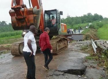Des travaux en cours pour rétablir la circulation entre N'douci et Divo