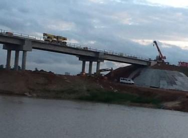 Les ponts de Béoumi vont créer ''une dynamique'' entre 2 ''régions agricoles