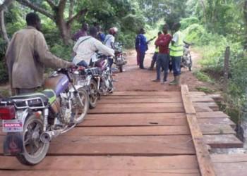 Nassian: Le pont sur le cours d'eau Congoh réhabilité par les transporteurs